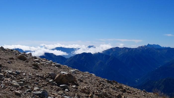 雄山頂上へ (6)
