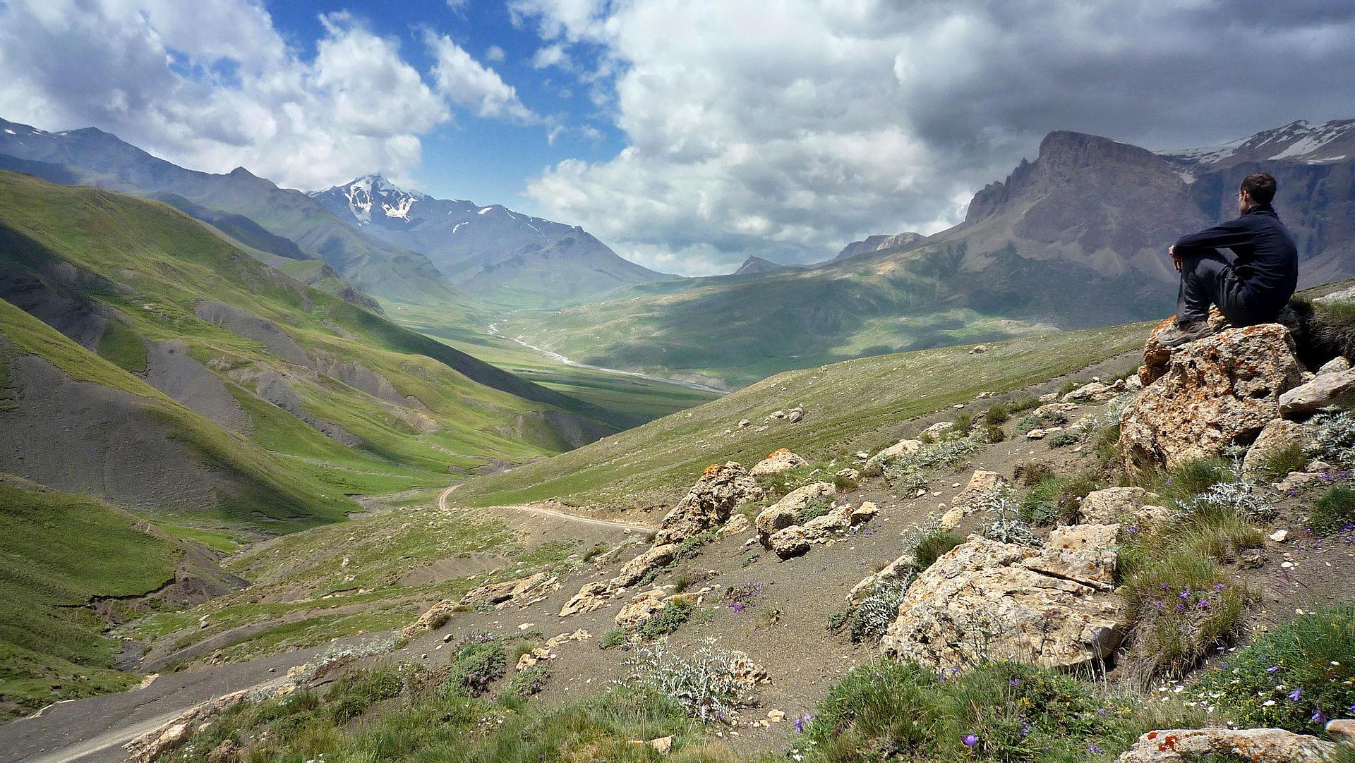 1920px-Azerbajiani_landscape_-_Another_version.jpg