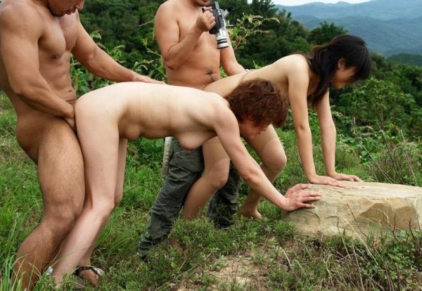 野外セックス画像 1