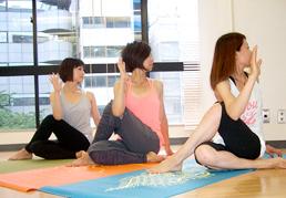 yoga_photo01.jpg