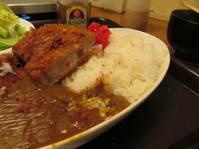 カツ丼部 106