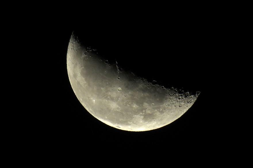 2015年10月の月 (4)