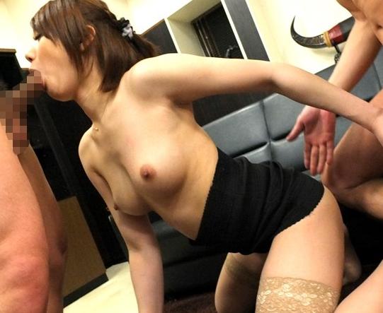 タイトスカート女教師が生徒の肉棒をパンスト美脚で脚コキ責めの脚フェチDVD画像4