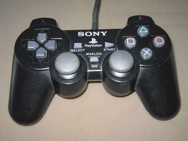 PS2 プレイステーション2 コントローラー DUALSHOCK 2 デュアルショック2 SCPH-10010 メンテナンス、組立作業 組立完了、各種ボタン、スティック操作をして感触をチェックする