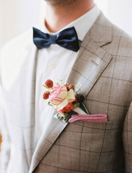 17-patterned-suits-to-spruce-up-your-grooms-look-14-500x655.jpg
