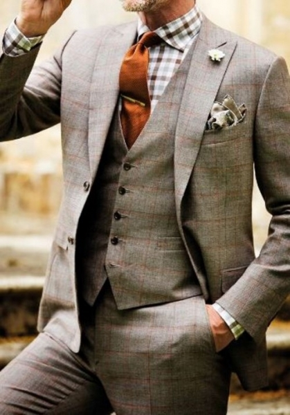 17-patterned-suits-to-spruce-up-your-grooms-look-3-500x716.jpg