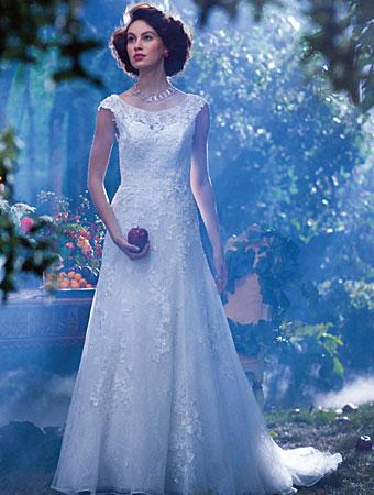 白雪姫_ウェディングドレス_AlfredAngelo(アルフレッドアンジェロ)3