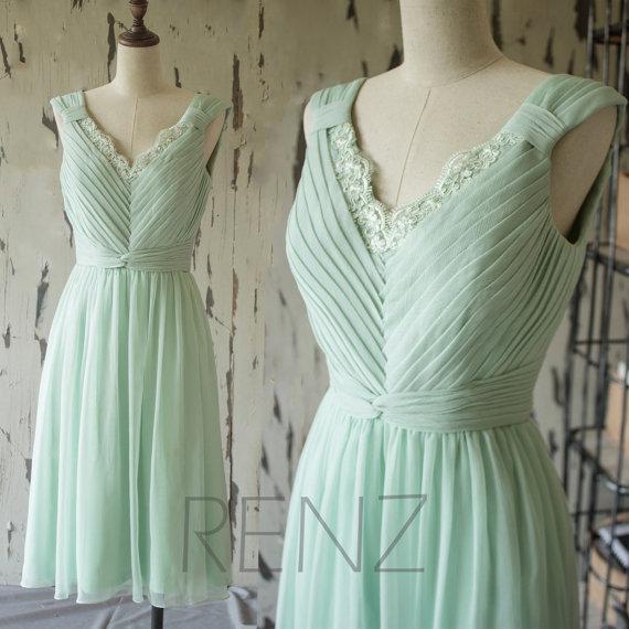 ペールグリーンブライズメイドドレス