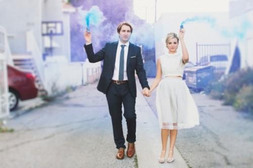 21-Awesome-Smoke-Bomb-Wedding-Ideas5-500x333.jpg