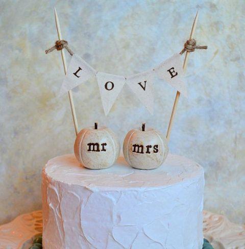 22-Pumpkin-Wedding-Cake-Ideas-For-Fall18.jpg