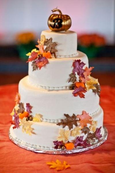 22-Pumpkin-Wedding-Cake-Ideas-For-Fall3.jpg