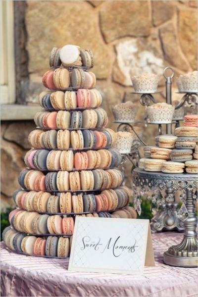 25-trendy-and-unique-macaron-tower-wedding-cakes-15-500x750.jpg