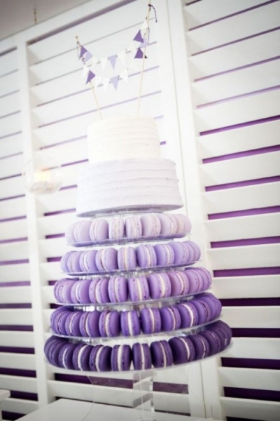 25-trendy-and-unique-macaron-tower-wedding-cakes-18-500x750.jpg