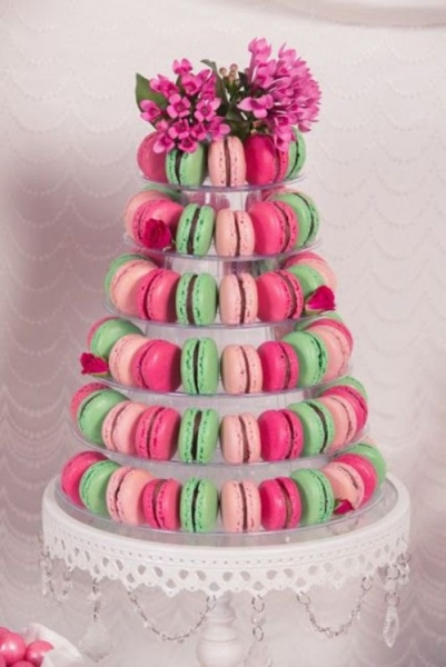 25-trendy-and-unique-macaron-tower-wedding-cakes-23-500x749.jpg