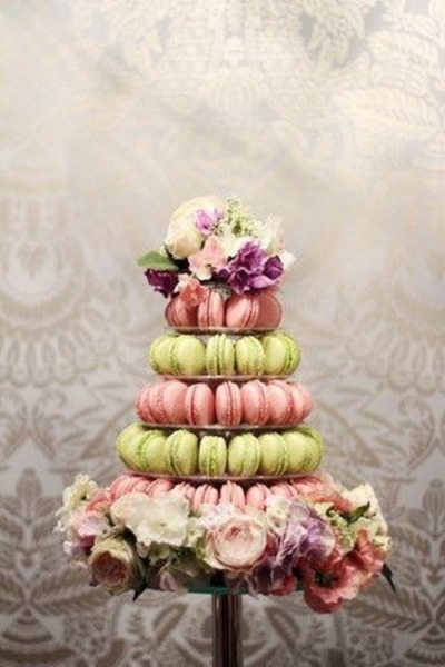 25-trendy-and-unique-macaron-tower-wedding-cakes-6-500x750.jpg