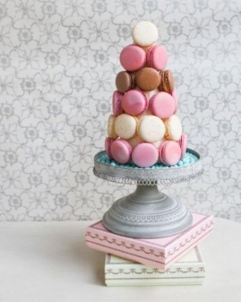 25-trendy-and-unique-macaron-tower-wedding-cakes-9-500x625.jpg