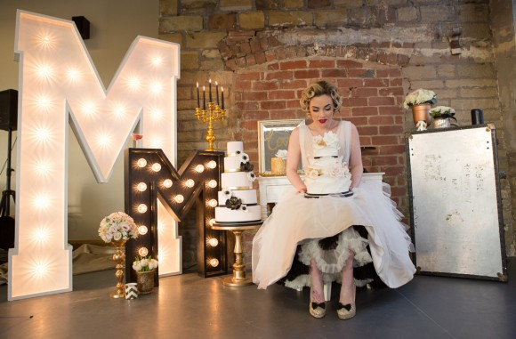 a-styled-shoot-inspired-by-Marilyn-Monroe-c-Julie-Lomax-Photography-46-580x381.jpg