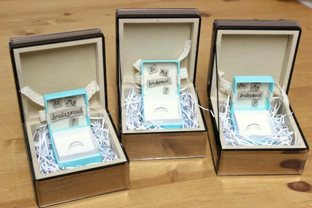 be_my_bridesmaid_box_rings1.jpg