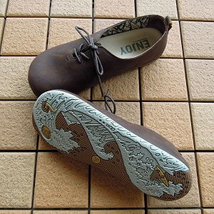 MERRELL「MOOTOPIA LACE」