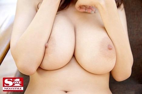 【新作】新人NO 1STYLE AVデビュー RION(49)
