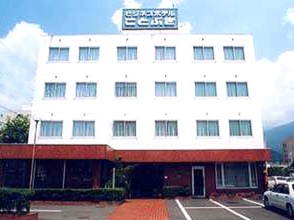 ビジネスホテル寿
