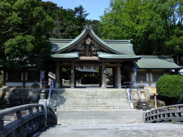 和霊神社随神門