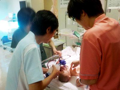 平成27年8月14日新生児蘇生法3
