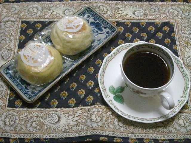 本日のコーヒー&おやつ(おやき)