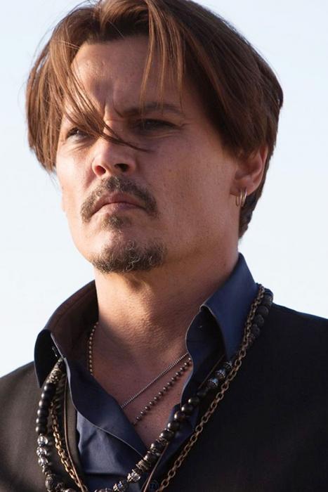 Johnny-Depp-28Aug15-pr_b.jpg