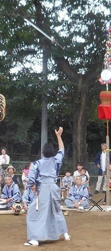 原馬室氷川神社獅子舞棒術③20150823