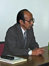 山崎隆之氏