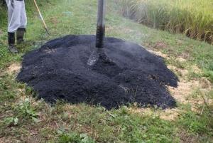 150930籾殻燻炭完成1