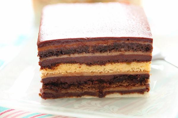 choco-layered-cake2.jpg