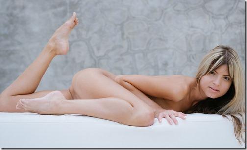 【世界の快道でイク!】米で人気のロシア生まれのロリカワポルノスター、Gina Gersonのエロ画像【55枚】29