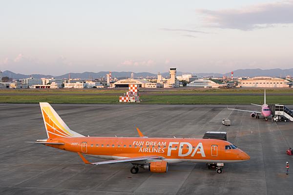 名古屋空港2-1
