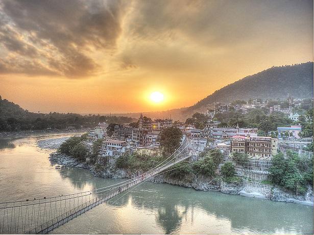 Sunset_-_Lakshman_Jhula.jpg