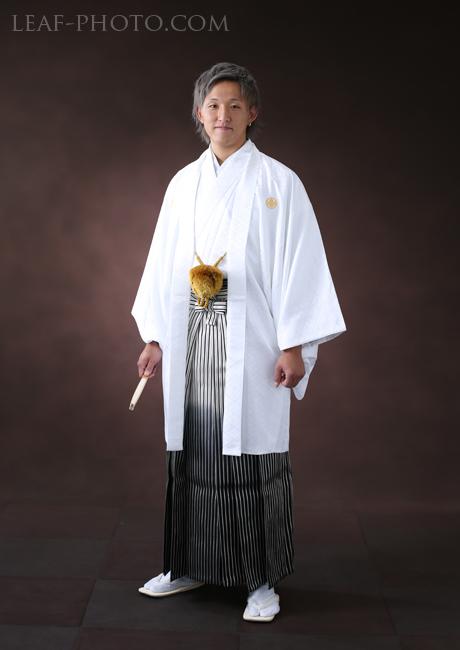 成人男性羽織袴