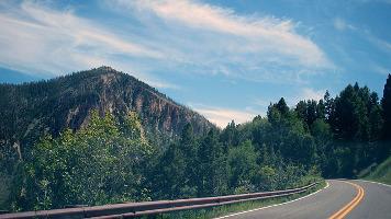 road-919034_640.jpg