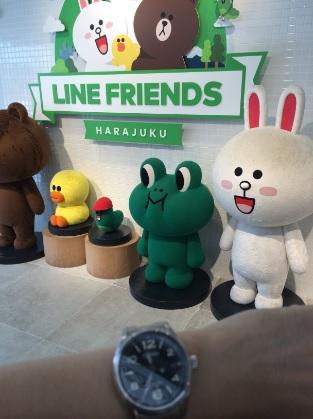 LINEのキャラクターとセイコー機械式腕時計SARG009