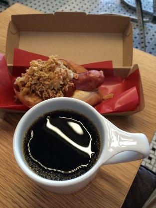GORILLA COFFEE (ゴリラコーヒー)渋谷店 「ゴリラコーヒー」と「ゴリラドック」