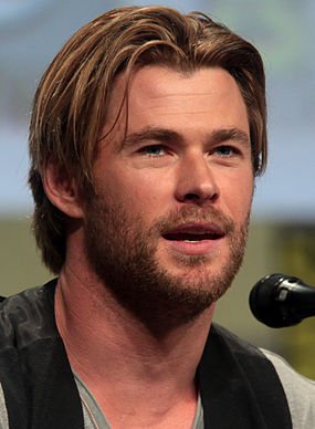 Chris_Hemsworth_SDCC_2014_(cropped).jpg