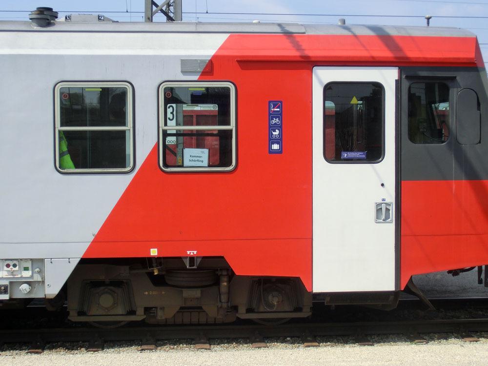 X5i20dA8Uu7c1d.jpg