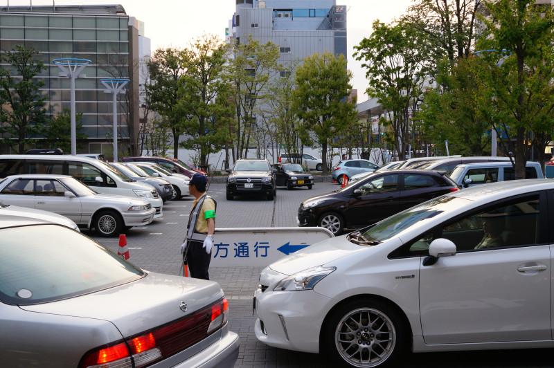 ekimae_parking2.jpg